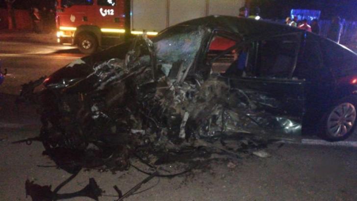 Accident grav, în jud. Prahova: 4 victime, trei mașini făcute praf