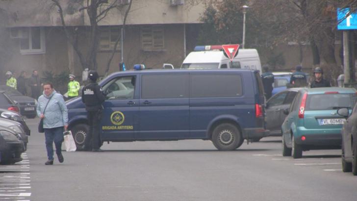 Alerta cu bomba in Bucuresti! Zona este verificata de Brigada Antitero