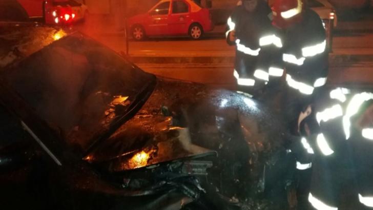 Masina incendiata in municipiul Botosani