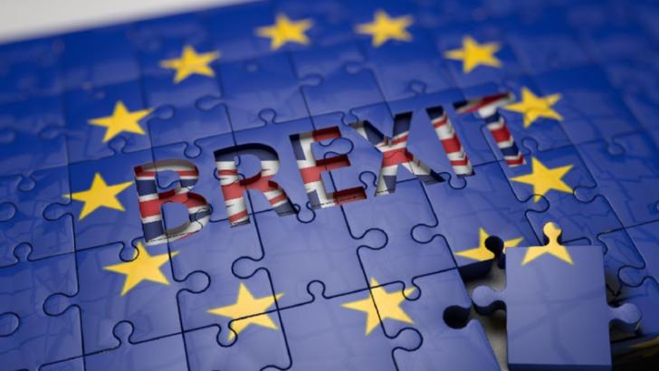 Negocieri strânse între Londra și Bruxelles pe tema unui posibil acord post-Brexit. Urmează două zile CRUCIALE