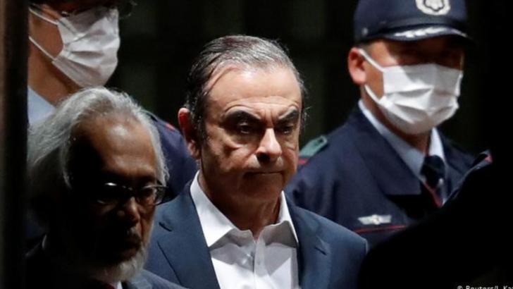 Cine l-a ajutat pe Carlos Ghosn să fugă din Japonia?