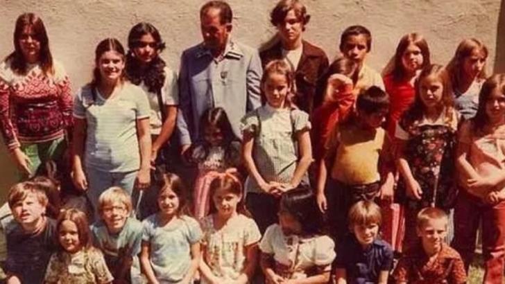 Povestea terifiantă a MONSTRULUI care a îngropat DE VII 26 de copii. După 40 de ani, a urmat alt șoc