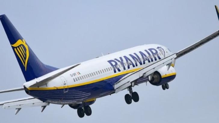 Avion al companiei Ryanai - arterizare de URGENȚĂ pe aeroportul din Salonic, după o alertă de INCENDIU