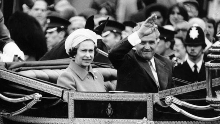 Dezvaluiri dupa 42 de ani. Ce-a facut Regina Elisabeta a II-a a Marii Britanii cand Ceausescu a venit la Londra