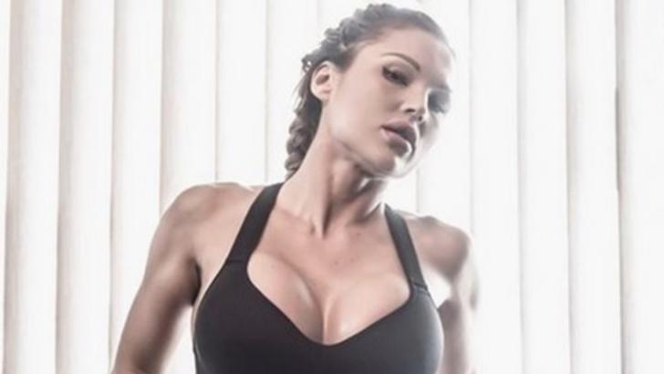 Zeița fitness-ului și-a uimit fanii. Imaginea senzuală care a încins internetul. Cum s-a pozat