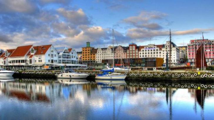 Norvegia se topeste! 19 grade, in plina iarna!