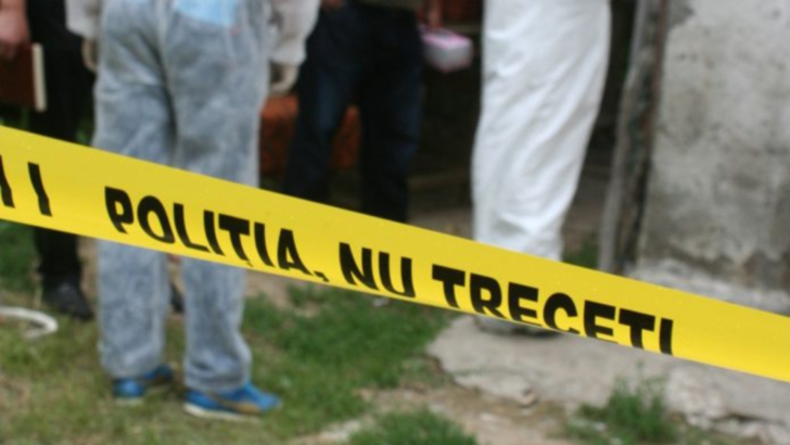 Angajat al Spitalului Pascani, gasit mort pe treptele casei. Detaliu uluitor: sotia lui a murit exact la fel