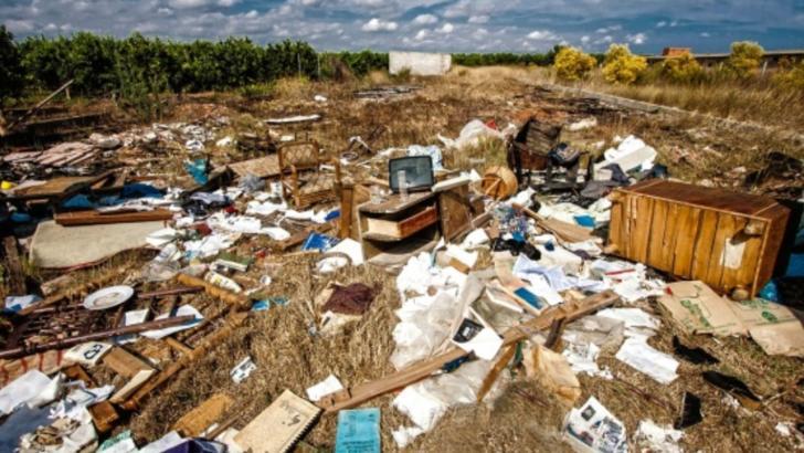 """Primarul unui orășel din Austria, îngrozit de munții de gunoaie de România: """"Sunteți în urmă cu 70 de ani"""""""