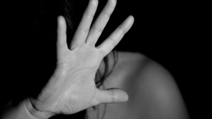 Tanara care a infuriat justitia din Cipru. A fost condamnata pentru acuzatii false de viol