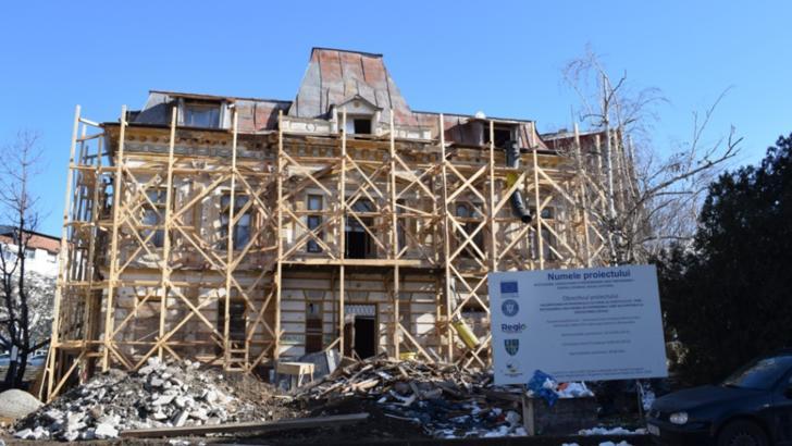Casa Fântâneanu, din Slatina, a fost salvată de la distrugere, cu bani europeni