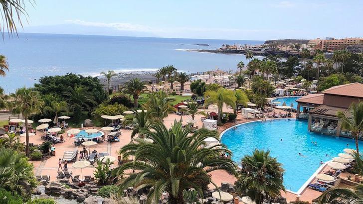 Primul caz de coronavirus in Tenerife. Mii de turisti in carantina
