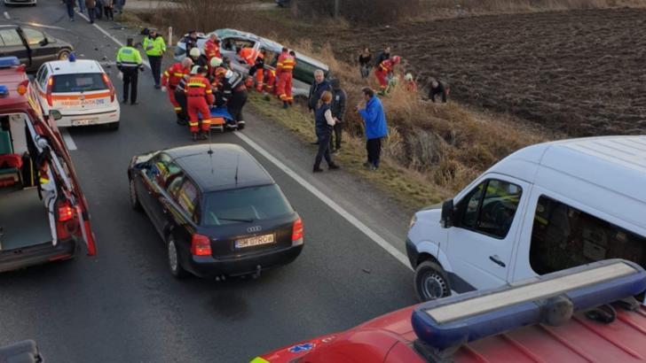 Accident VIOLENT jud. Satu Mare: 8 răniți