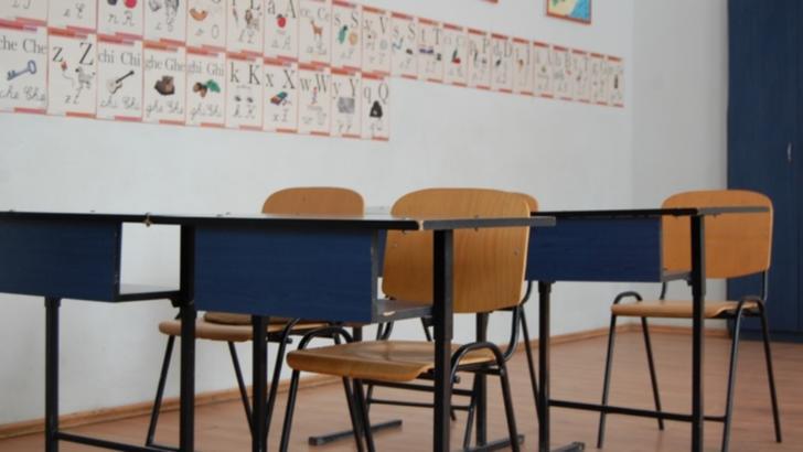 Panica intr-o scoala din Targu-Mures. Parintii cer izolarea unui copil a carui mama se intoarce din China