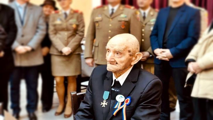 Teodor Avram, veteran de război, a împlinit 100 de ani