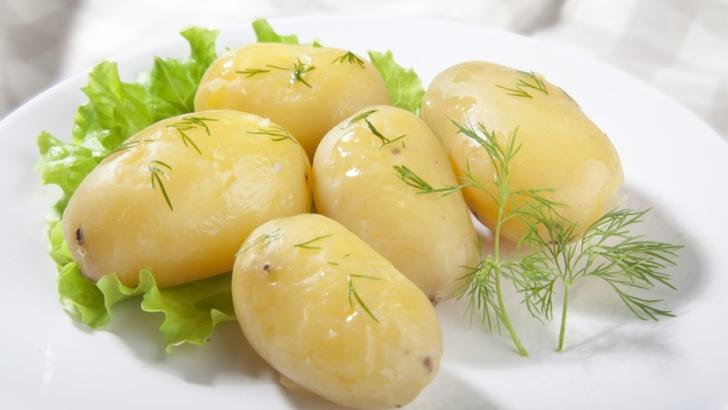 Dieta cu cartofi fierţi. Cum să slăbeşti 5 kg în patru zile