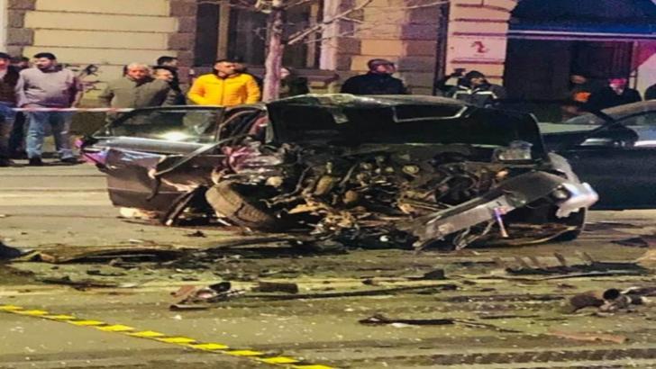 Accident mortal, în centrul Clujului, provocat de un şofer beat. O maşină a luat foc