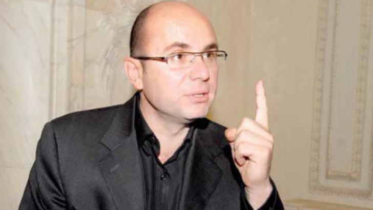 Cozmin Gușă: Președintele dorește desființarea PSD-ului