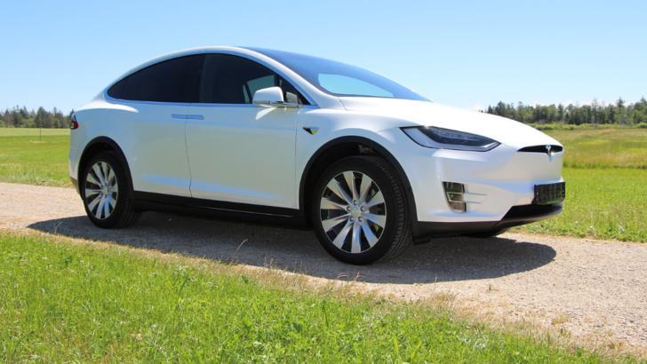 Tesla vine cu alte criterii de angajare decât te-ai aștepta