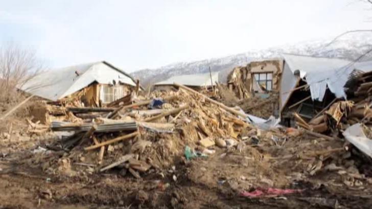 CUTREMUR devastator, în Turcia: 10 morți, cel puțin 100 de răniți. Peste o mie de clădiri s-au prăbușit