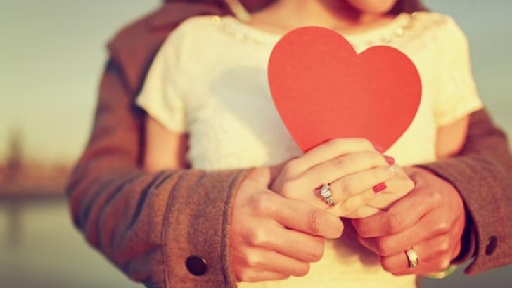 Cum afli dacă te iubeşte cu adevărat, în funcţie de zodia lui. Horoscopul cuplului perfect