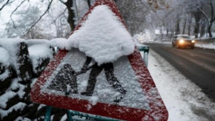 Zăpadă de 24 cm, în București. Comandament de urgență la Primăria Capitelei