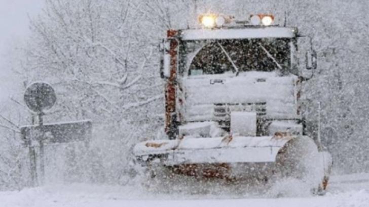 COD GALBEN de ninsori și viscol în 10 județe
