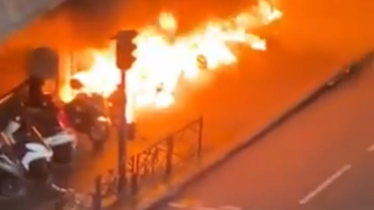 incendii paris proteste congo