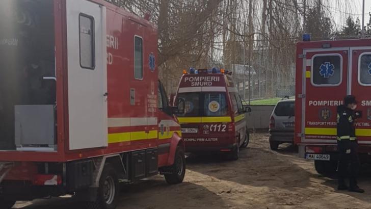 Plan ROȘU de interventie dupa o simpla curatenie intr-o scoala. 14 copii INTOXICAȚI, la spitale din Craiova
