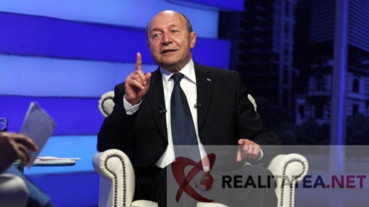 Traian Basescu in studioul Realitatea. Foto: Cristian Otopeanu