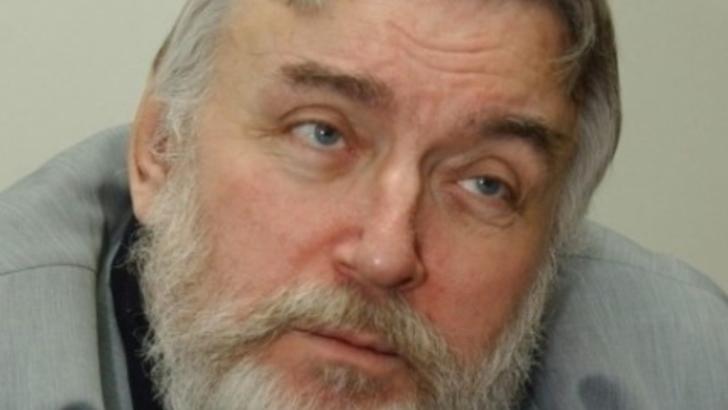 """""""Bolnavi unanim"""". Cutremurătoarea poezie-premoniție a lui Adrian Păunescu"""