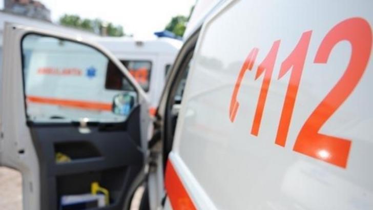 Accident în lanț, în Brașov. Impact nimicitor între un microbuz și un autobuz, ambele cu pasageri: o victimă