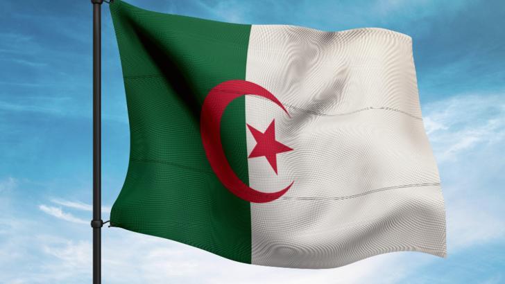 COVID-19 face in continuare ravagii.16 membri din aceeasi familie, infectati cu coronavirus in Algeria