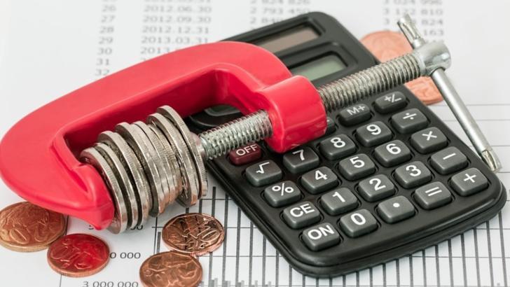Cum pot beneficia de suspendarea plății ratelor dacă am fost afectat de criza COVID-19