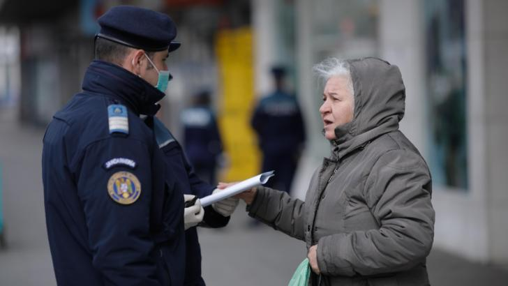 Măsuri Coronavirus. Aproape 6.000 de români au fost amendați pentru că au ieșit, nejustificat, din casă Foto: Inquam Photos/George Calin