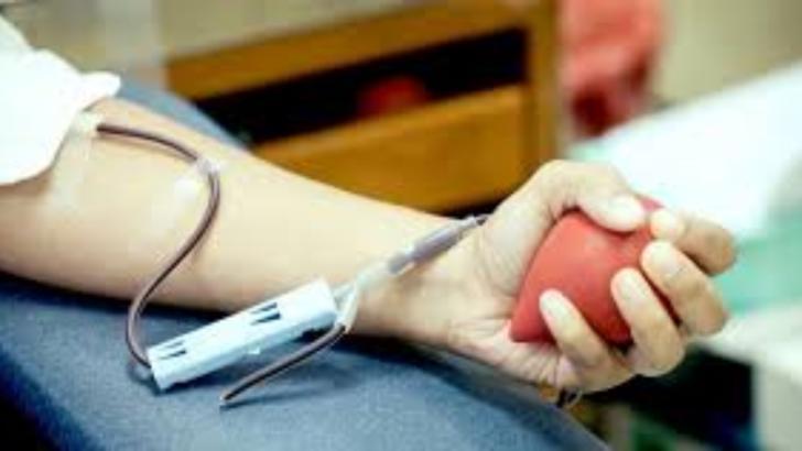 Pacientii cronici atentioneaza ca donarea de sange a scazut semnificativ