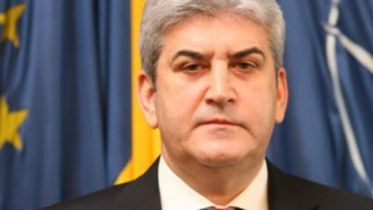 Gabriel Oprea: Militarii TREBUIE să fie pregătiți să intervină