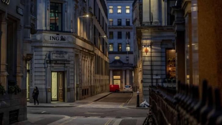 Orașe pustii în vreme de pandemie: Barcelona, New York, Berlin, Madrid, Londra Foto: i.imgur.com