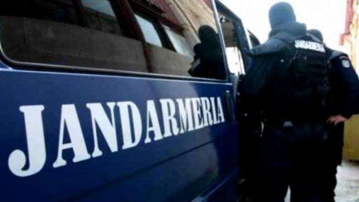 Jandarmi implicati in accident