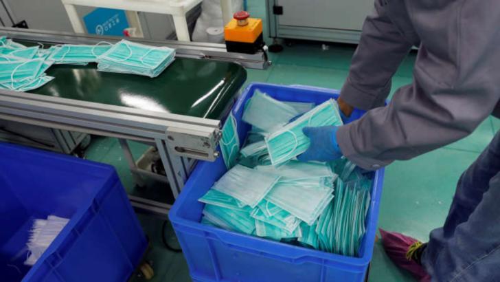 10 milioane de măști pentru persoanele defavorizate, livrate luni Ministerului Sănătății
