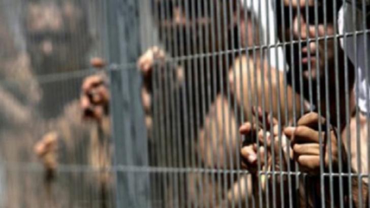 Peste 50.000 de detinuti iranieni eliberati de teama coronavirusului