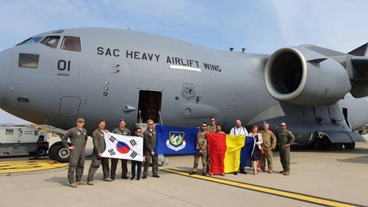 O aeronovă NATO va aduce în România  45 de tone de echipament medical din Coreea de Sud