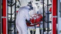 Ambulanțieri împiedicați să intre la Urgență, după ce au transportat un suspect de coronavirus