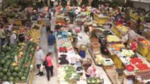 Piețele agroalimentare rămân deschise pe durata stării de urgență. Se interzice exportul de grâu, zahăr sau ulei / Foto: Arhivă