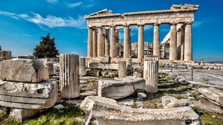 Grecia face lista țărilor de unde va primi turiști în această vară