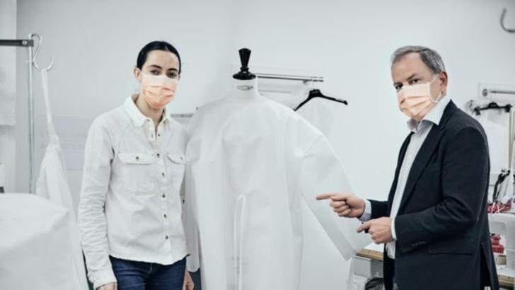 Louis Vuitton redeschide atelierul din Paris pentru a face halate pentru medici
