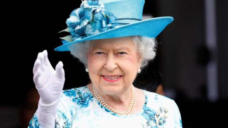 Se caută asistent personal pentru regina Marii Britanii. Cât de bine este plătit postul