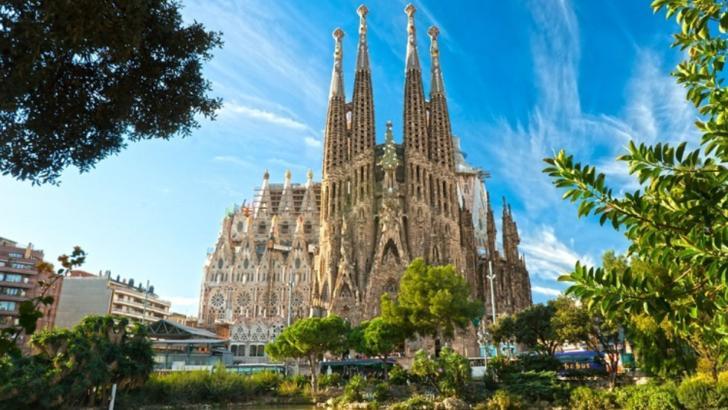 """Barcelona a scăpat de turiști: """"Ne-am recuperat orașul, dar am moștenit un oraș fantomă"""""""