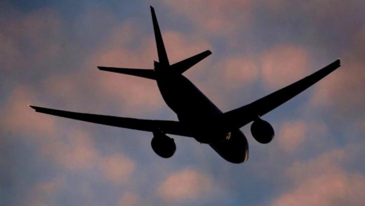Transportul aerian de pasageri a înregistrat o scădere de 61,9% în primul semestru