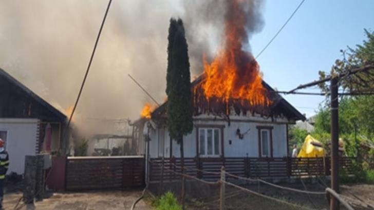 Incendiu violent în Suceava