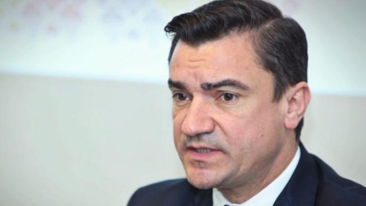 100% TU DECIZI! Mihai Chirica, primarul pasionat de vile, tranzacții în numele fiului de 11 luni